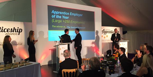 Large apprenticeship employer of the year award news story image