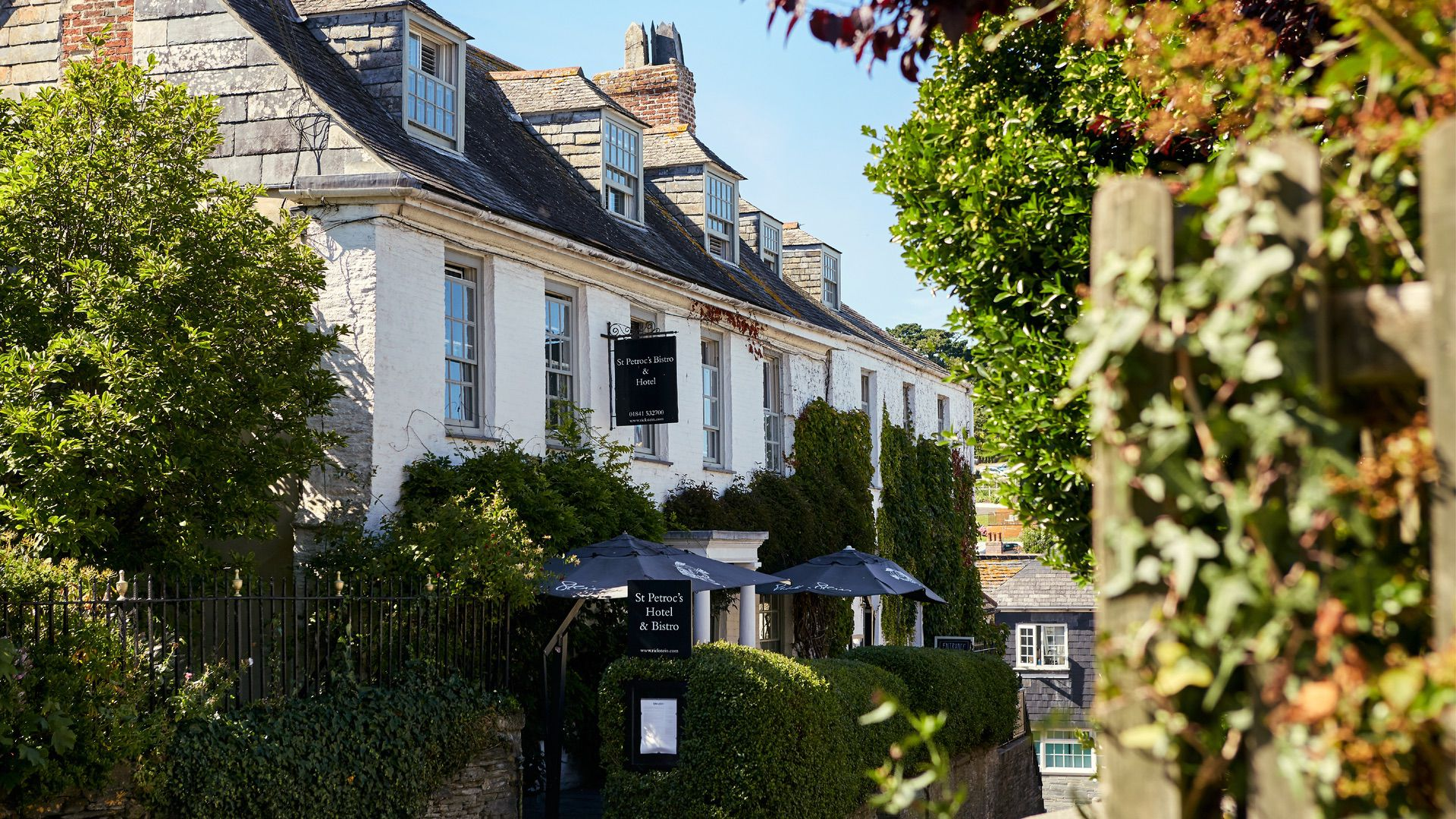 Charity-lunches-St-Petrocs-Bistro