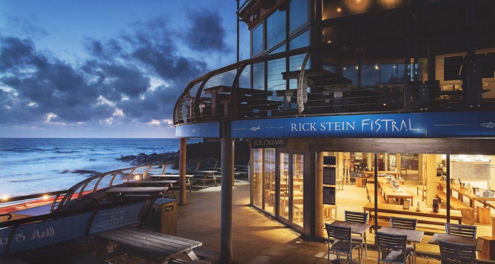 Rick-Stein-Fistral-Beach-Restaurant-Cornwall-Exterior